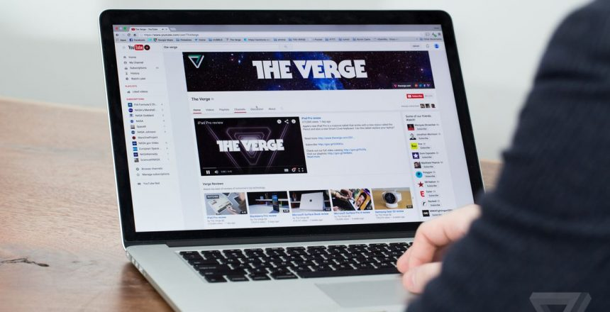 Huge web outage takes Reddit, Twitch, and other big sites offline for an hour